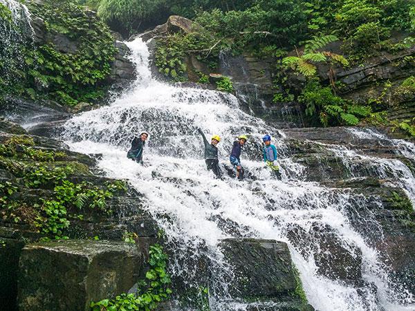 増水中のゲーダの滝